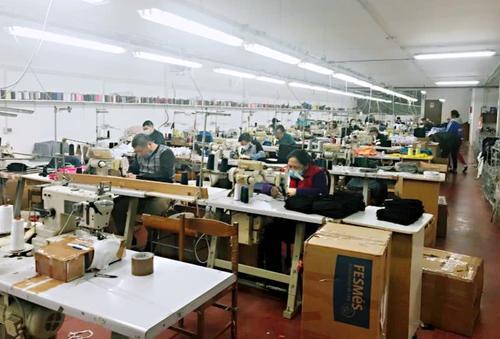桂平木乐工业园制衣厂款式图2