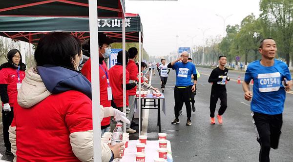 马拉松志愿者服务队马甲背心定制款式图